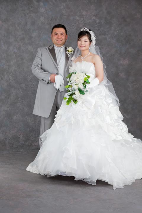 ウエディングドレス・カラードレス・タキシード@しろきやトップモード|山梨県北杜市の貸衣装・貸衣裳・レンタルドレス・レンタル衣裳・オーダードレス
